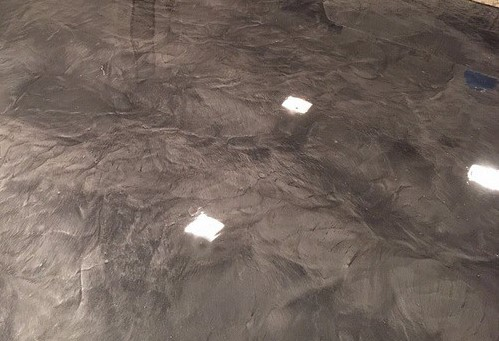 shiny-metallic-epoxy-flooring